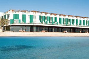Hotel The Corralejo Beach, direttamente sulla spiaggia.